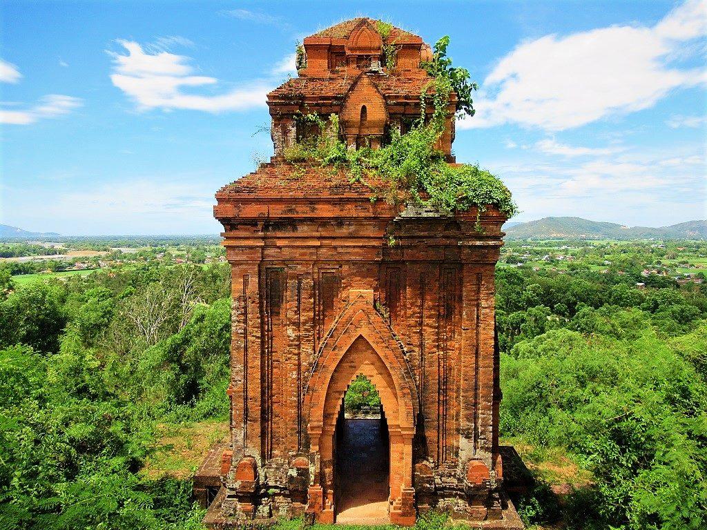 Banh It Cham towners, Quy Nhon, Binh Dinh Province, Vietnam