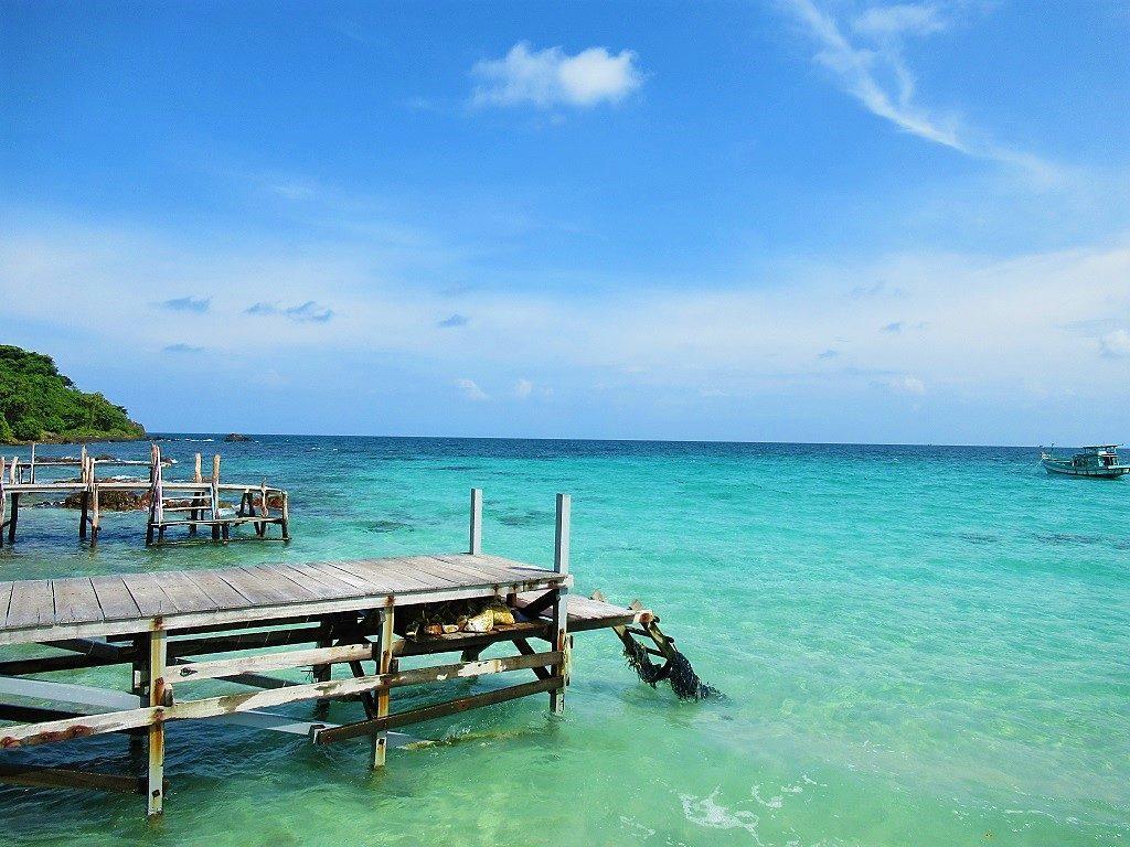 Bai Chuong Beach, Hon Mau Island, Nam Du, Vietnam