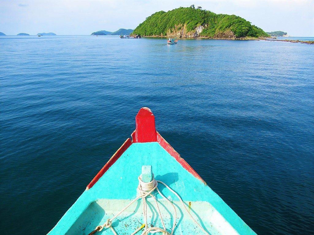 Taking a boat tour in the Nam Du Islands, Vietnam