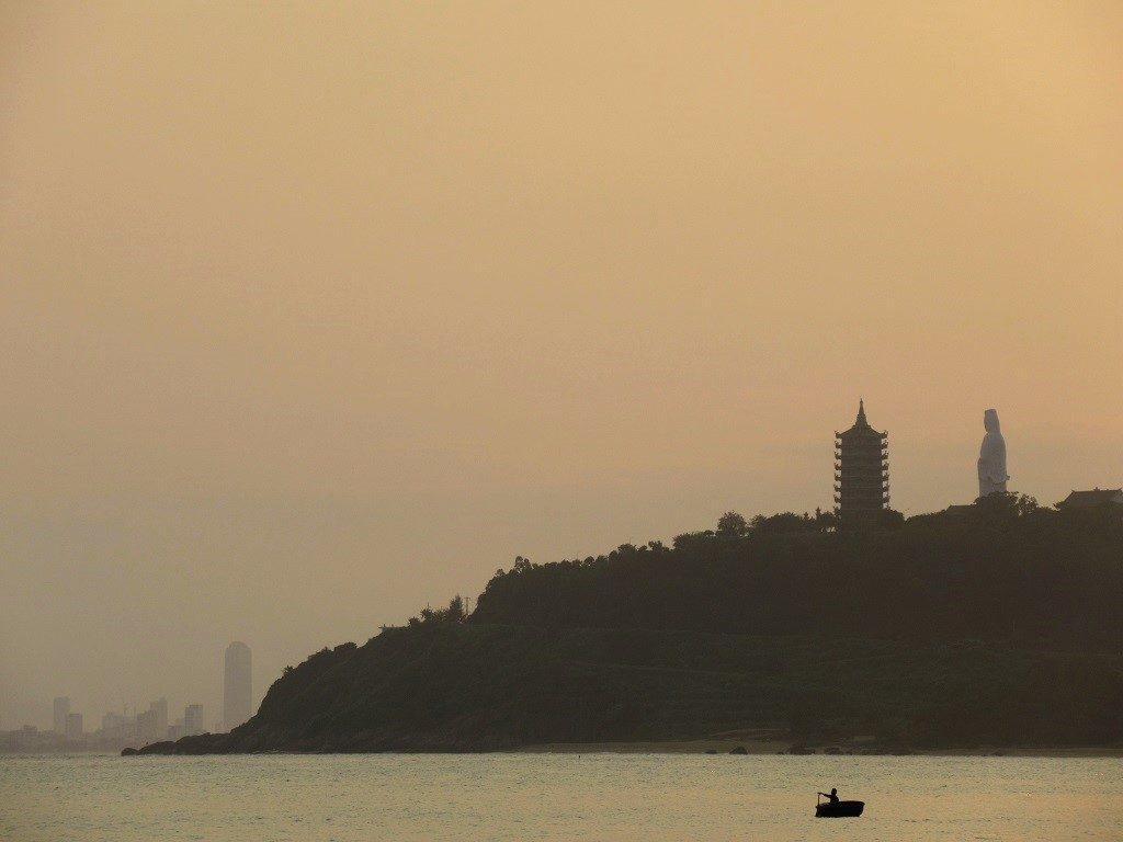 Chua Linh Ung Pagoda, Son Tra Peninsular, Danang, Vietnam
