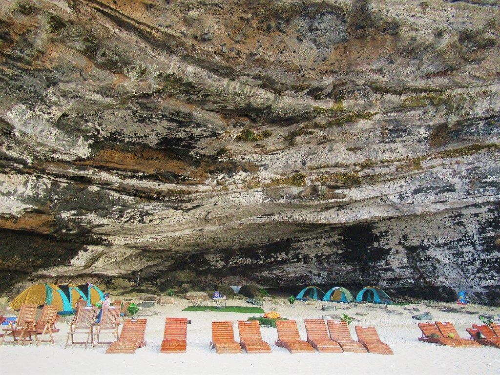 Hang Cau Cliffs Camping, Ly Son Island, Vietnam