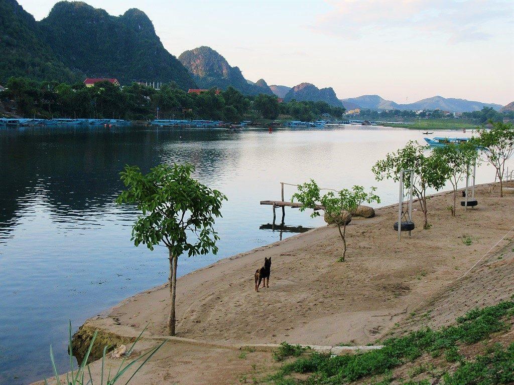 Carambola Bungalow, Phong Nha, Vietnam