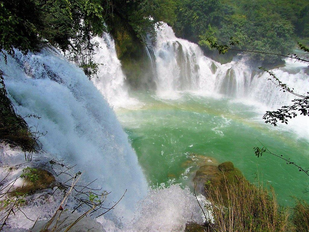 The Northeast by Motorbike: Ban Gioc Waterfall Loop, Cao Bang, Vietnam