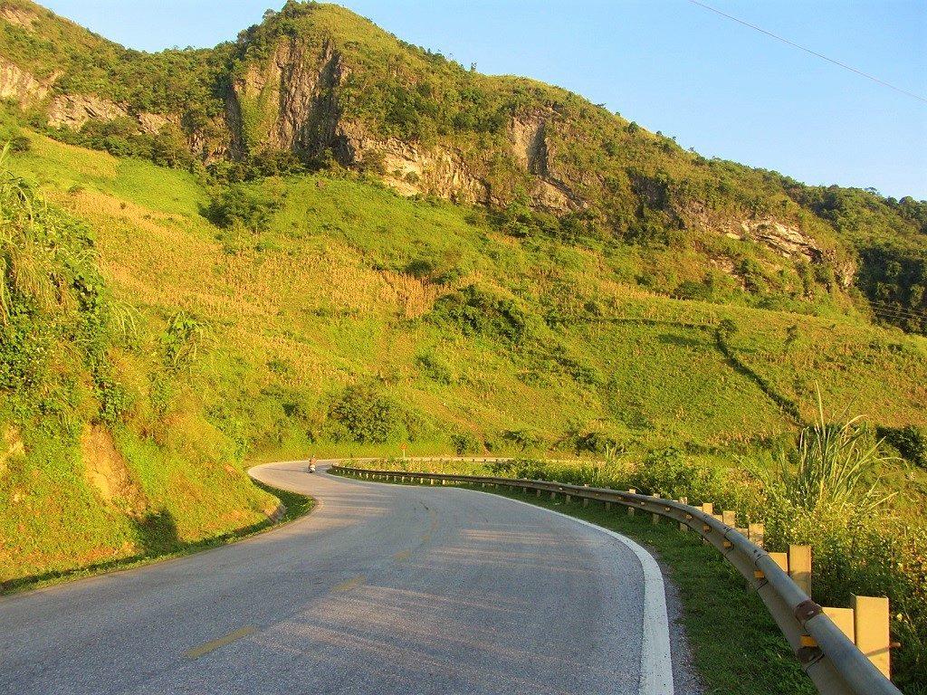 The Northeast by Motorbike: Ba Be Lake Loop, Bac Kan, Vietnam