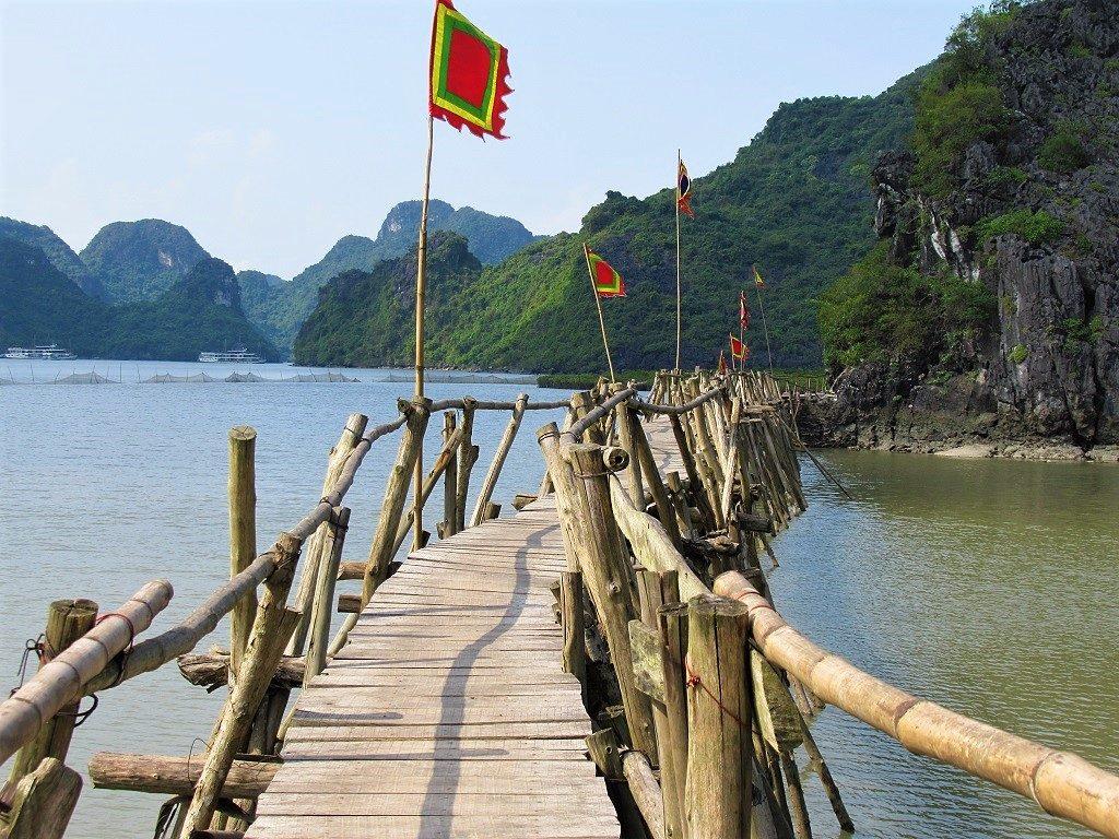 Bayside temple, Gia Luan Hamlet, Cat Ba Island, Vietnam