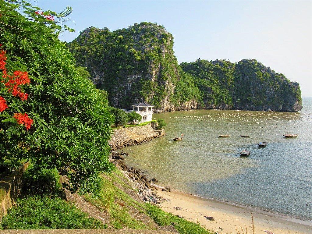 Beach & limestone karst, Cat Ba Island, Vietnam