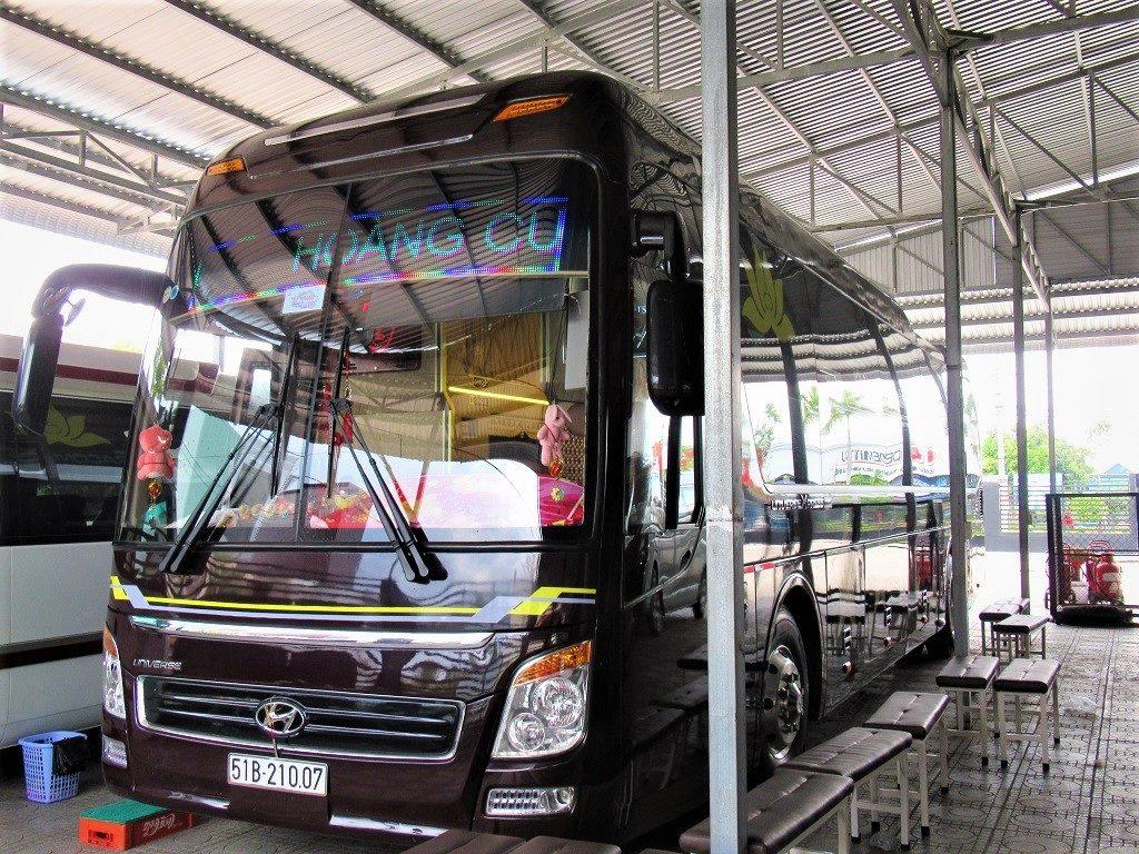 Long distance buses run from Ha Tien to all major Mekong cities & Ho Chi Minh (Saigon)