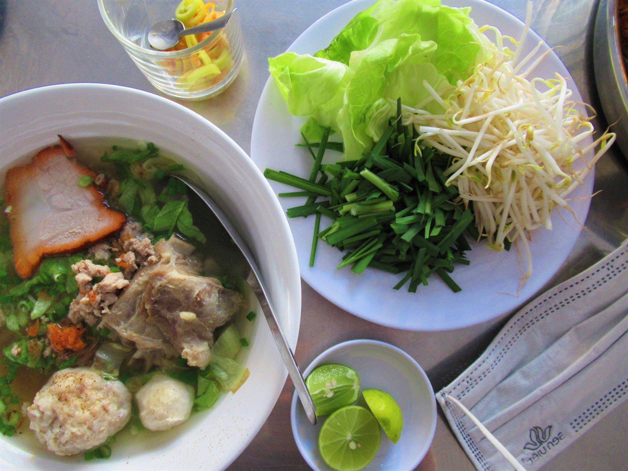Hủ tiếu Nam Vang, rice vermicelli pork noodle soup, Vietnam