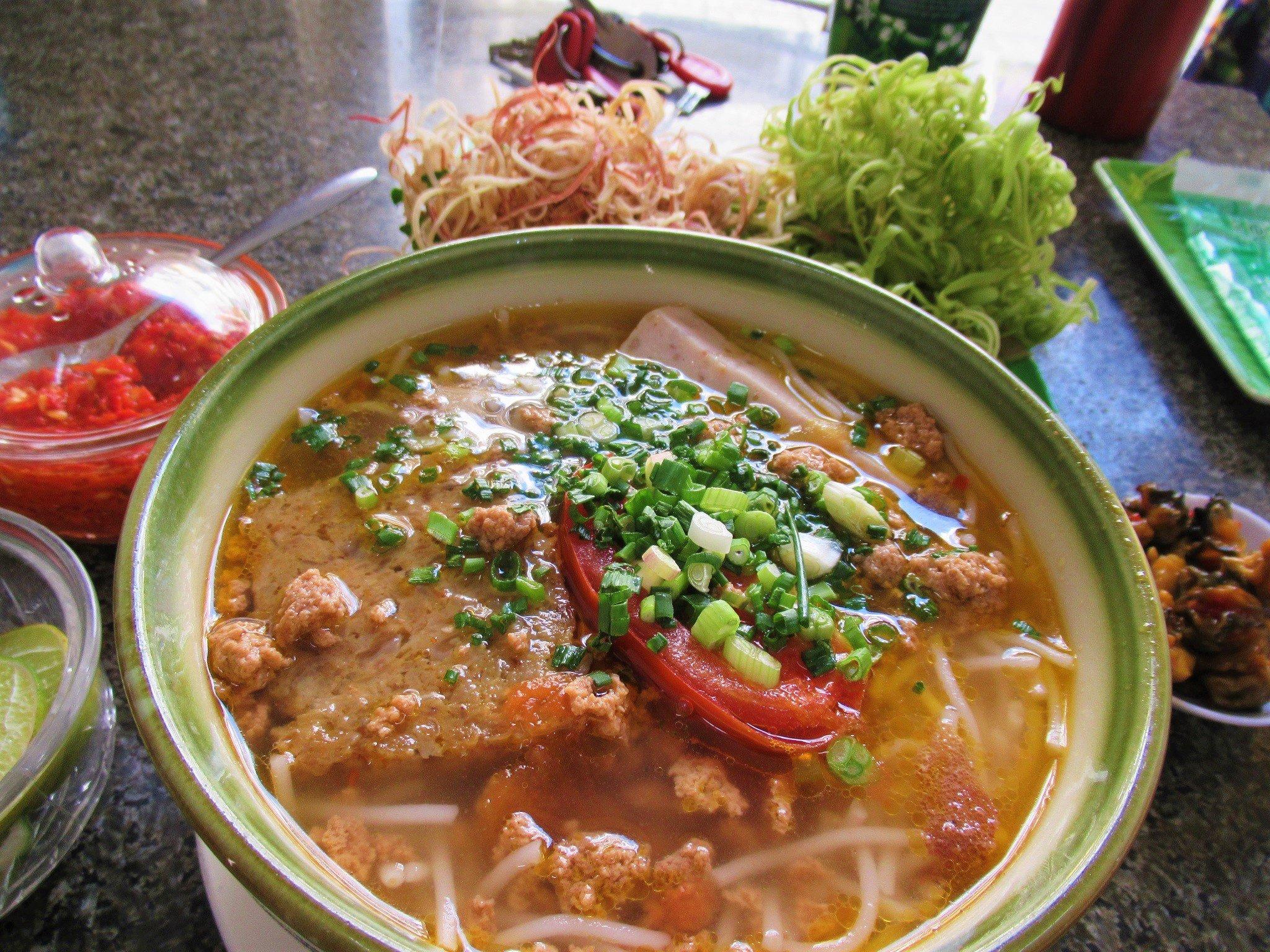 Bún Riêu Cua Ốc: crab & snail noodle soup, Saigon, Ho Chi Minh City, Vietnam