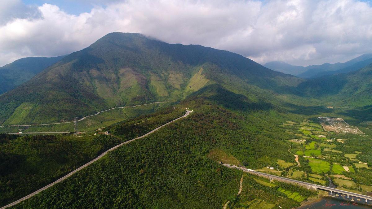 Ngang Pass, Central Vietnam